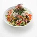 【おすすめ】天草あじの干物と葱のサラダ 栄養豊富な天草の海で育ったあじを使った贅沢サラダ