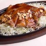 国産豚のトンテキ 肉好きにはたまりません!