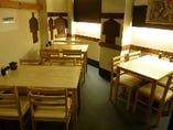 2階席はゆっくりとお食事をお楽しみいただけます。
