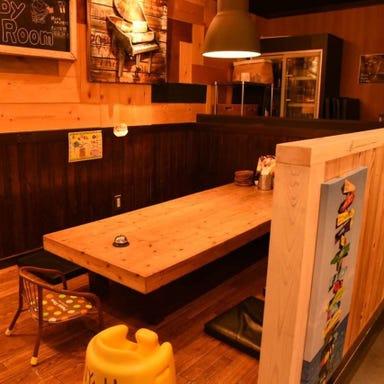 DINING & TERRACE N.Y table  店内の画像
