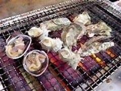 伊勢志摩の旬の食材を 目の前で焼き上げます