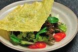 ◇パリパリ揚げ湯葉のサラダ