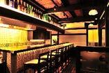 ◆一階:カウンター&テーブル席