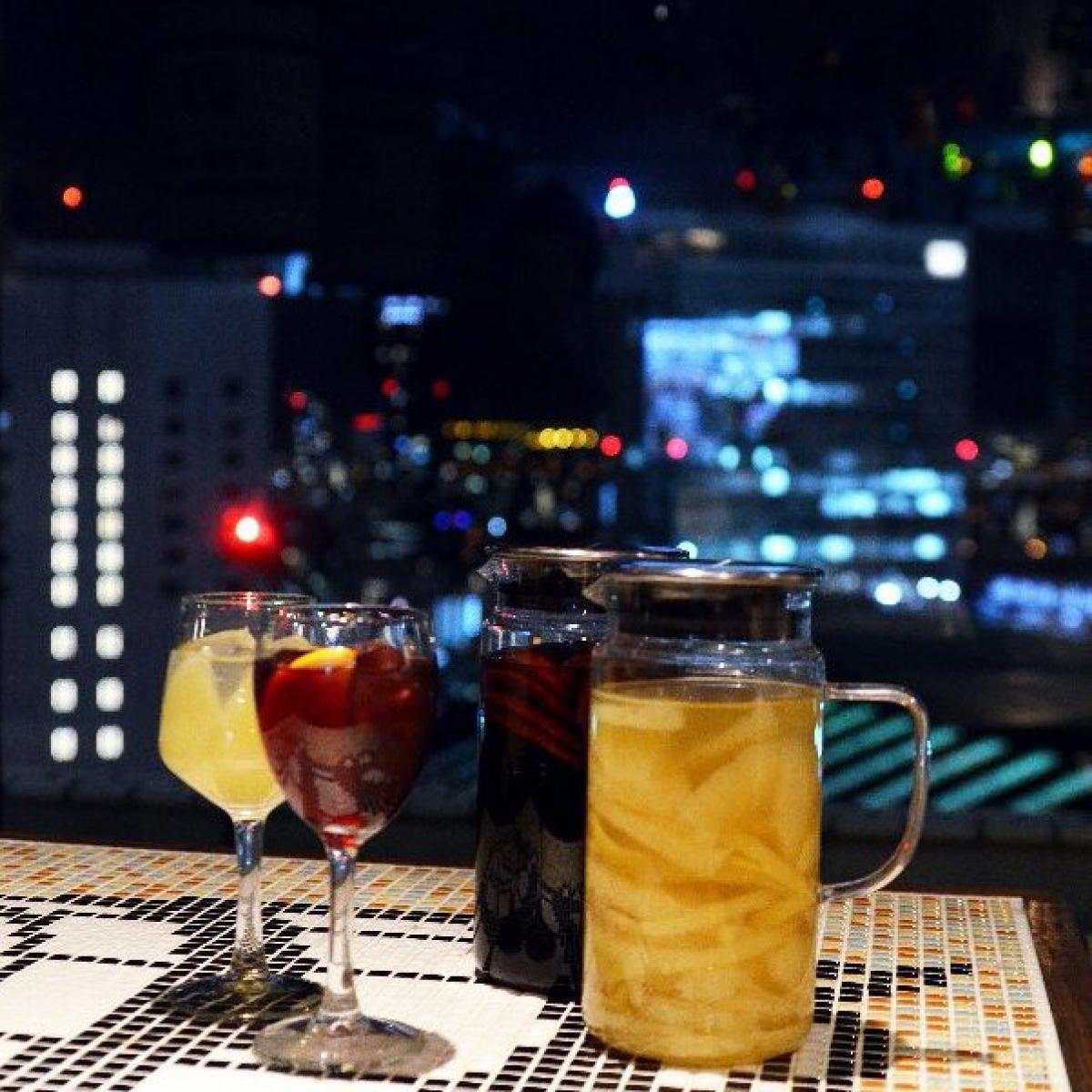 大阪・梅田の夜景を眺めながら大人数でのパーティーや女子会!