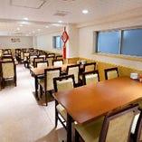 3Fテーブル席はパーティーにも最適。30~60名様迄(貸切りも可)