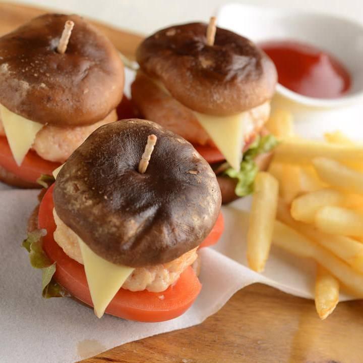 【バーガー3個】仲良くシェアしてお召し上がり頂けます!