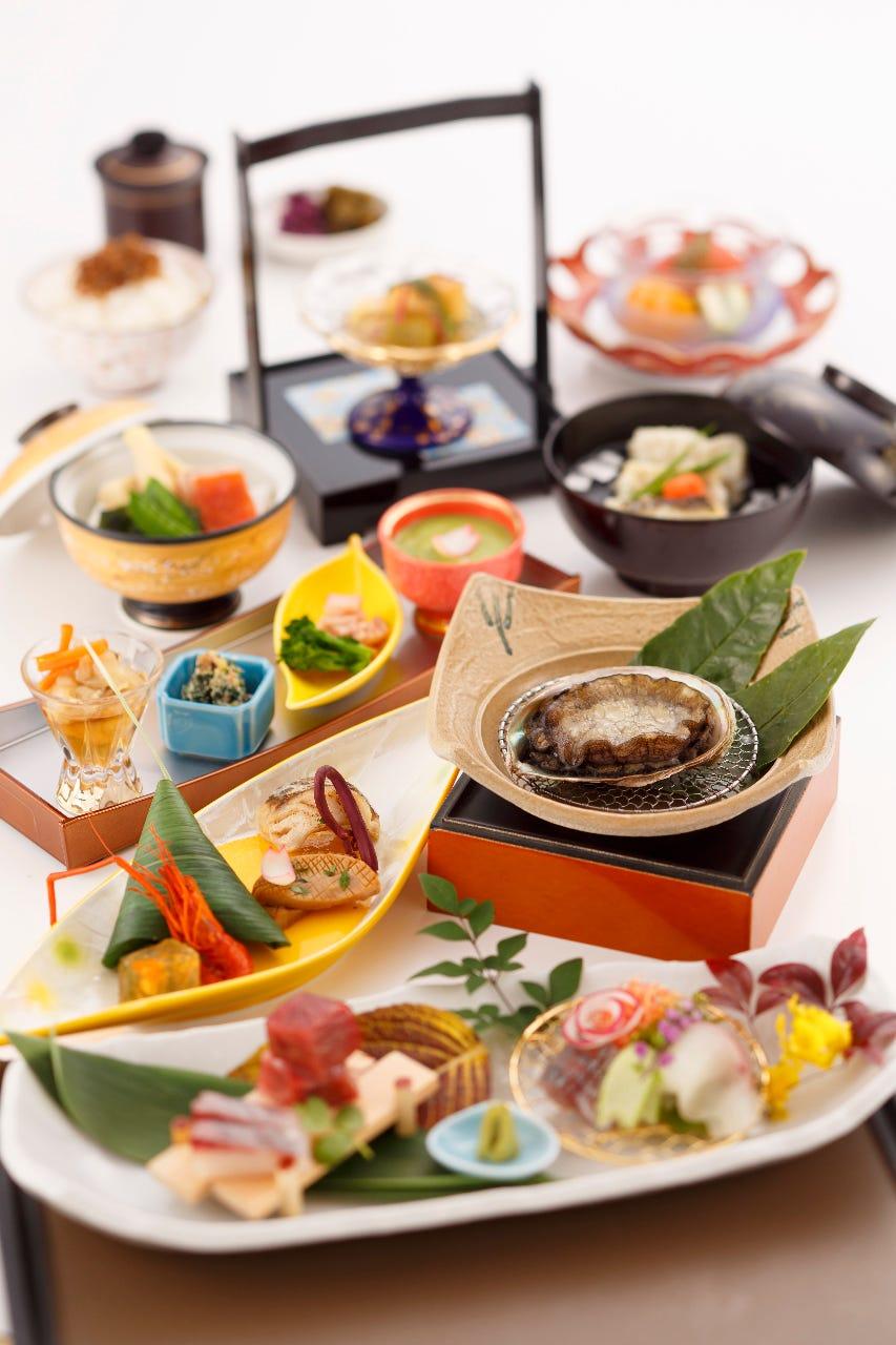 熱海近海の新鮮食材を使用した会席