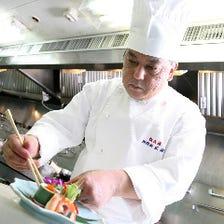 【1.盤古料理】 精選した食材でトップクラスの料理人がお届けする当店自慢の自信作。