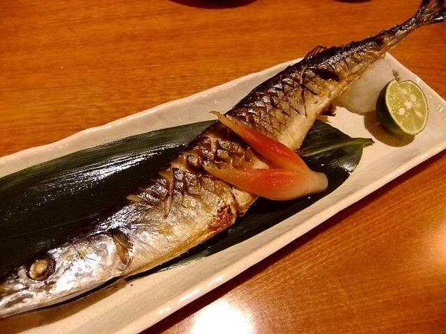 旬の焼き魚定食850円 ※写真は一例