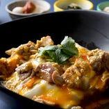 高原比内地鶏と濃厚ヴェルサイユ卵の親子丼セット