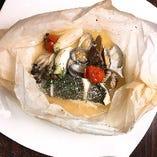 白身魚のカルトッチョ〜紙包み焼き