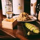 日本酒好きの店長オススメの日本酒。旬の日本酒など常時5種類取り揃え