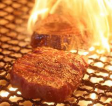 熟成厚切り牛タン炭火焼