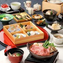 豆富料理と吟醸せいろ蒸し 八かく庵 大阪ステーションシティ店