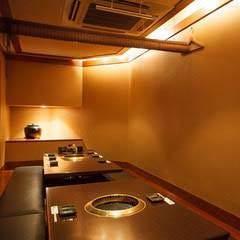 広々と開放的な空間で、ゆっくりお食事をお楽しみ頂けます。