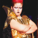 気さくな店長は 元女子プロレスラー