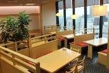 東京ソラマチ7階、窓際のお席からは広大な景色を眺められます。