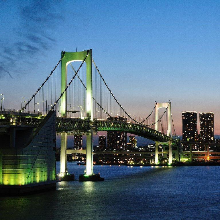 東京の誇る2大タワーを眺め、レインボーブリッジをクルージング