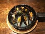 ムール貝の黒コショウ蒸し