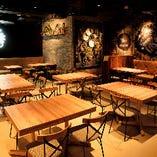 テーブル席(最大26名様、4名様×5卓 & 6名様×1卓)
