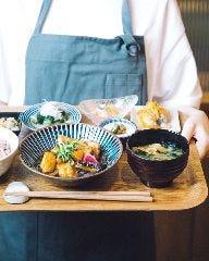 一汁六菜カフェ なんばCITY店