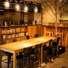 肉の溶岩グリル&横浜地野菜 H.B's nest