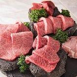お肉選びに困ったらこれ!「溶岩焼き盛り合わせ」がおすすめ