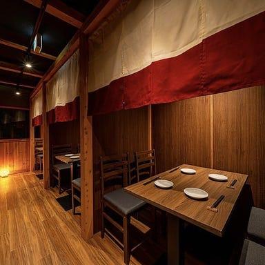肉と魚 レトロ酒場 オハツ商店 梅田本店 店内の画像