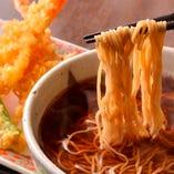 日本蕎麦と天ぷらの組合せは絶品◎揚げたてをご提供
