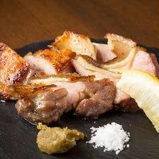 【2時間飲み放題付】当店一押し・天草大王のもも肉塩焼きなど地鶏料理を満喫『地鶏料理付コース』[全8品]