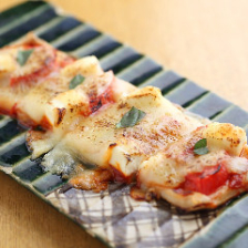 モチモチの食感がクセになる生麩ピザ