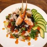 ズワイ蟹とアボガドのサラダ