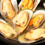 山盛りムール貝の白ワイン蒸し
