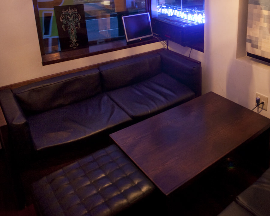大人気!!ソファー席のVIP完全個室♪