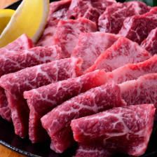 【3】定番3種盛り ~焼肉では外せない、カルビ・ハラミ・ロース、すべて上物~