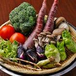 産地直送の季節野菜を添えてご提供