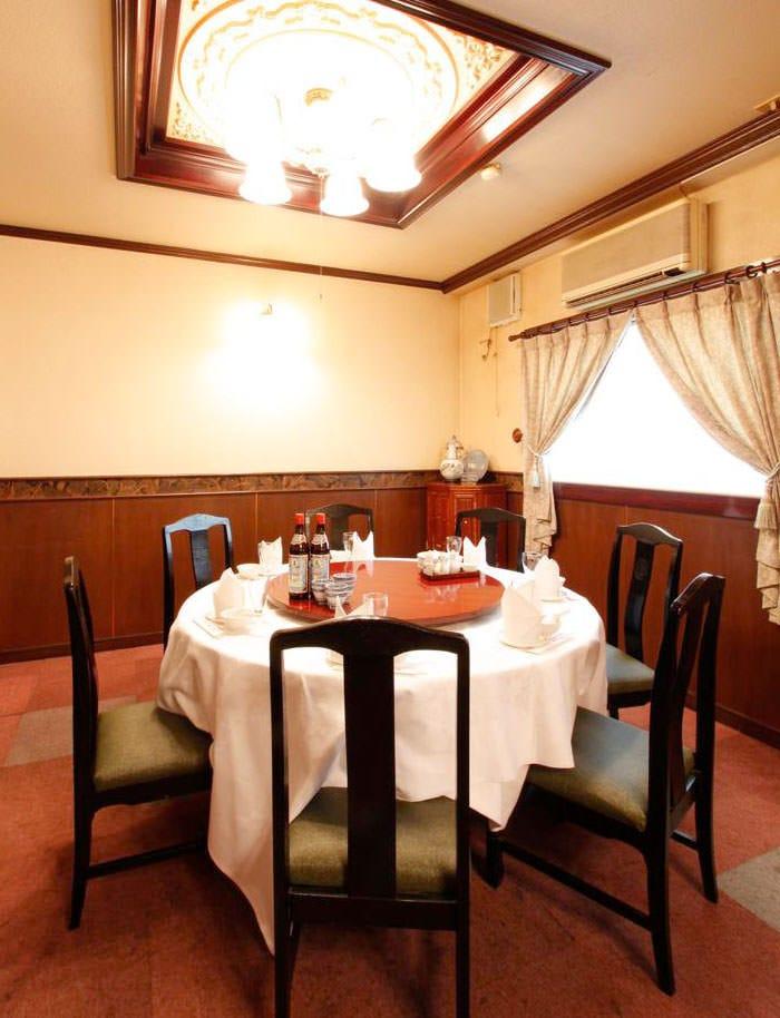 テーブル席・完全個室(壁・扉あり)・3名様~16名様