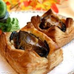 香港式活けアワビの焼きパイ
