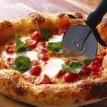『ナポリ風 マルゲリータ』はモッツァレラチーズがたっぷり