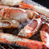 11月から始まる冬の名物の蟹料理も当店ではお得に楽しめます