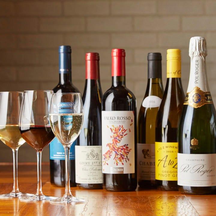 ディナーを彩るワインは70種類以上!