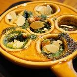 オリーブオイルでアツアツ「小海老と野菜のアヒージョ」