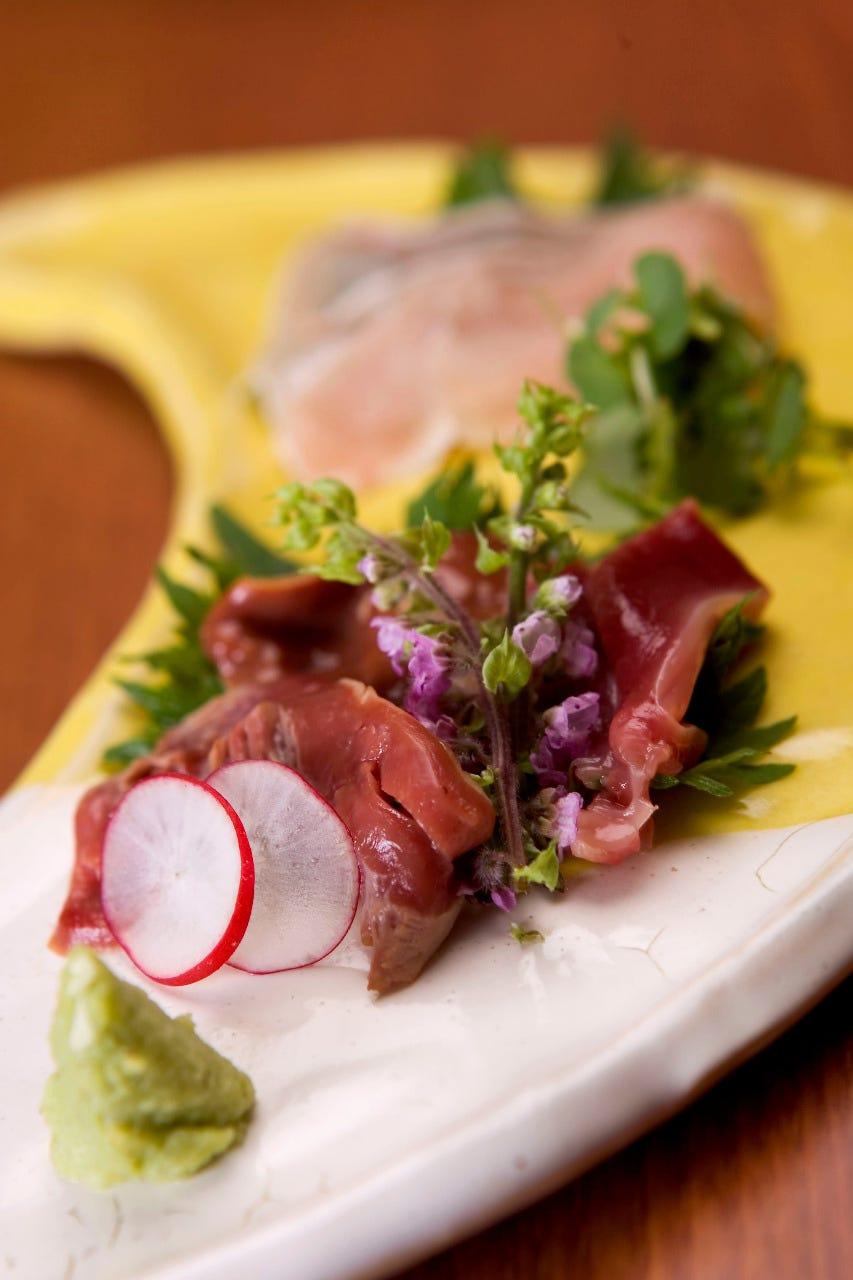 新鮮朝びき鶏刺身
