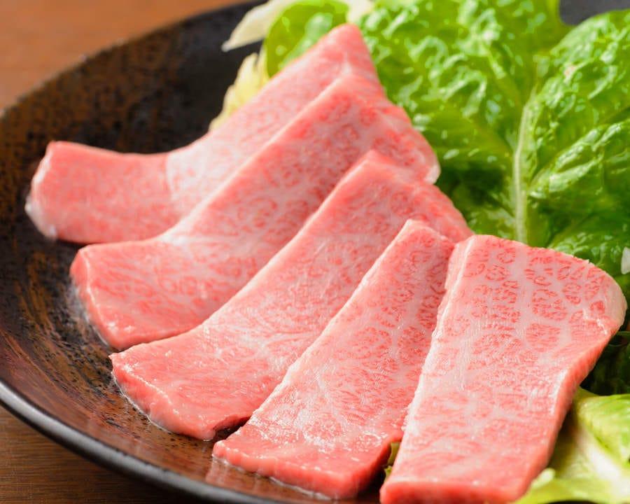 「黒毛和牛 上カルビ」その日入った1番良いお肉を使用しています