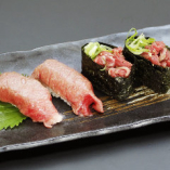 極上肉寿司 炙り寿司盛り合わせ(四貫)