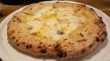 チーズたっぷりクアトロ フォルマッジ