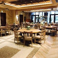 【2階】テーブル席(80名様迄)