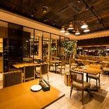 1階|レイアウト変更可能!会社やご友人とのお食事に【テーブル席(最大20名様迄)】