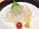 【鯛のお刺身】1000円(税別)