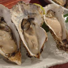 エキニシで新鮮な牡蠣を堪能!